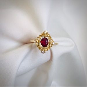 Vintage natural oval ruby ring pigeon blood
